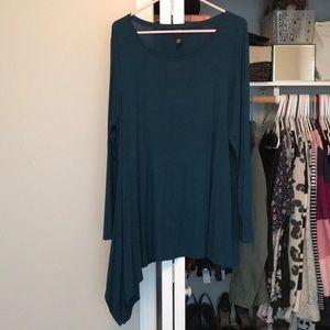 Alfani turquoise asymmetrical hem top